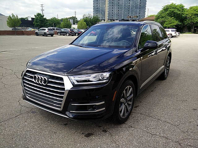 Pre-Owned 2018 Audi Q7 3.0T quattro Premium Plus